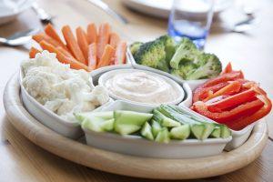 Kasvisruokaa seurakuntien lounailla